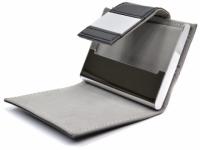 Porta cartão em couro sintético e detalhes em inox