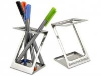 Porta caneta de metal moderno
