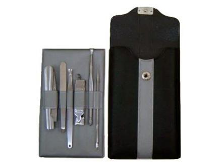Kit Manicure com 6 peças e protetor de couro ecológico